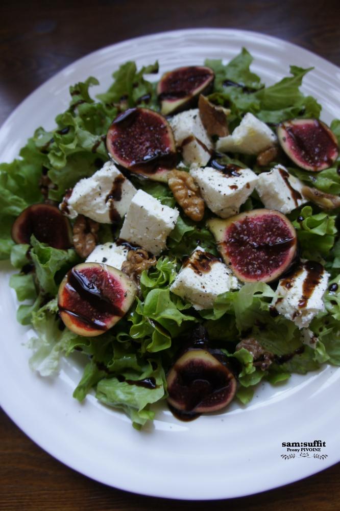 山羊チーズと胡桃と無花果のサラダ
